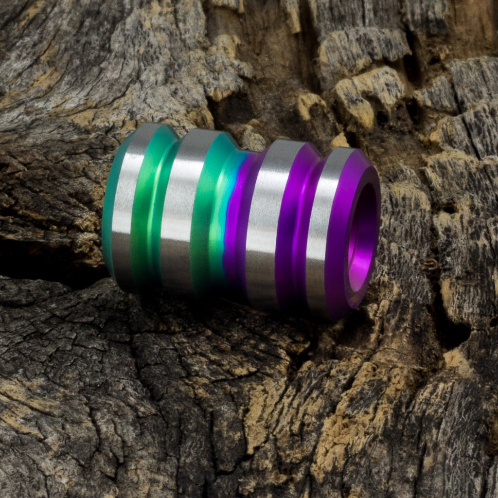 Image of Tank Purple & Green Wave Ti Bead #1