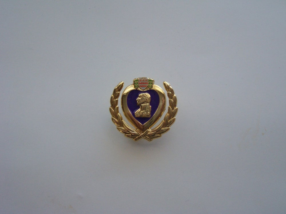Image of Purple Heart Wreath pin