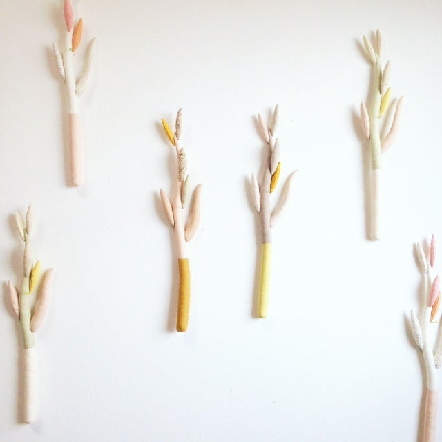 Image of 4seasons / Russet autumn branch
