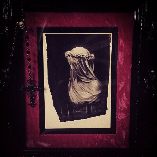 Image of 'WHITE WIDOW' - Miniature Open Edition Print