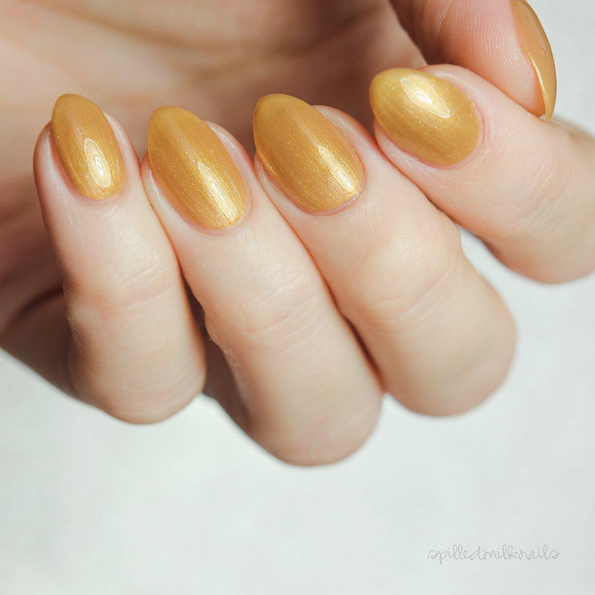 Gold Trinkets