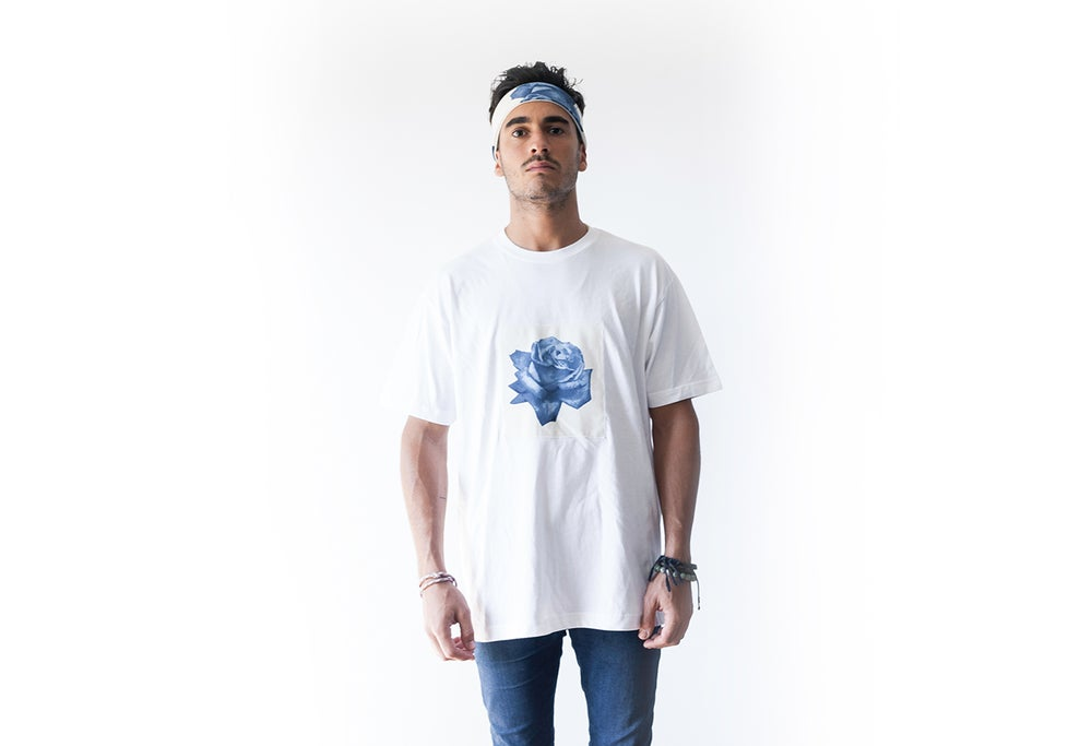 Image of White Rōzu artesan T-shirt
