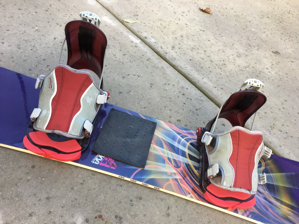 Image of Burton Superfly II Dualzone Edge. 155 Snowboard with Larg Flow Bindings