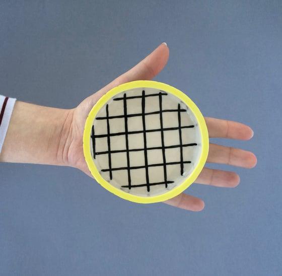 Image of Grid Dish
