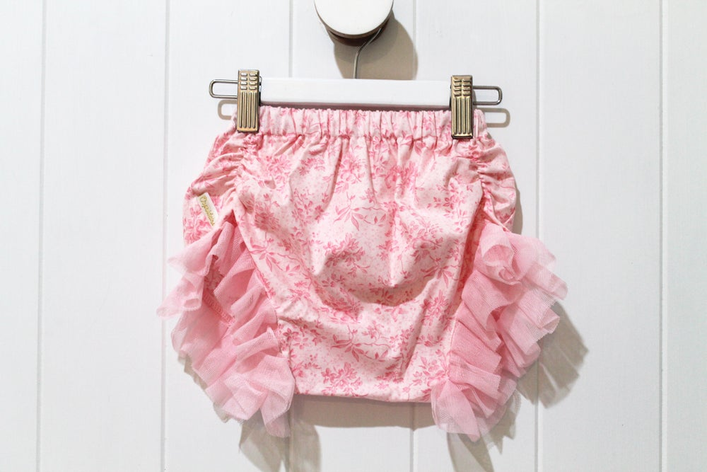 Image of Shabby Chic Bloomer Shorts - Dreamy Floral
