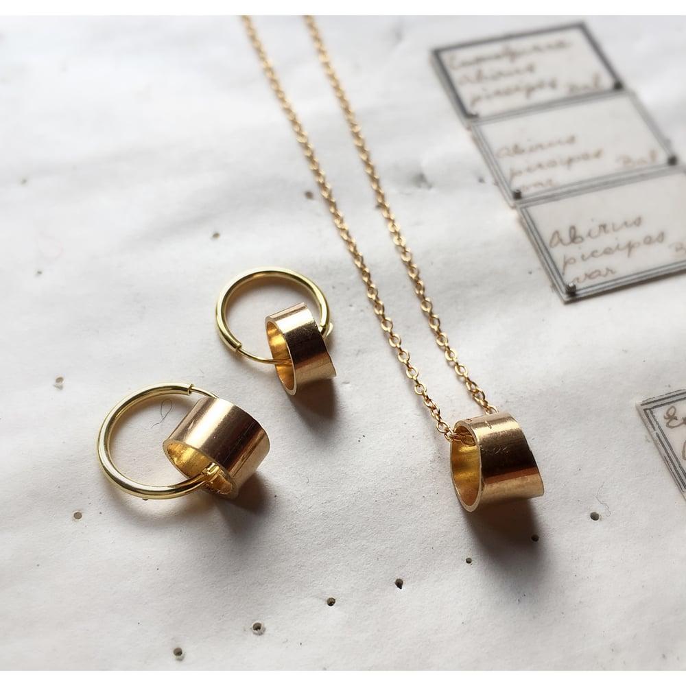 Image of The Golden Pipeliner Earring