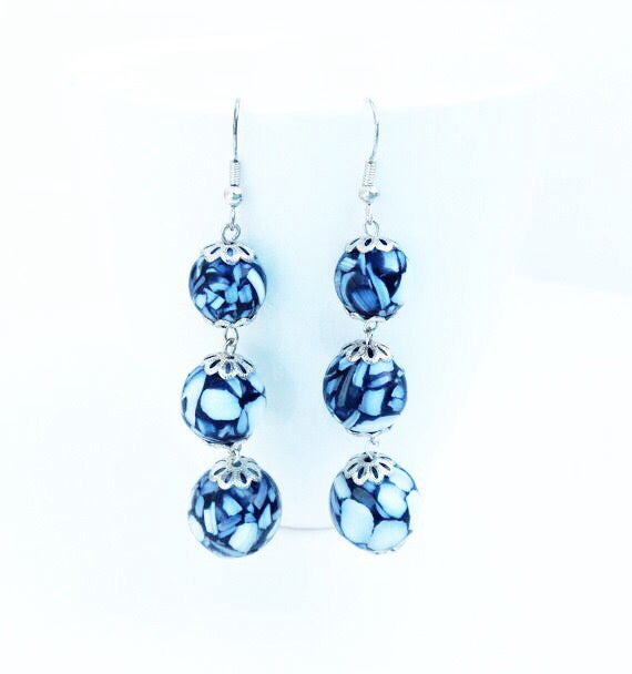 Image of Graduated Mother of Pearl Earrings