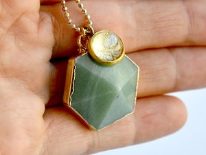 Image of hexagon gemstone - green aventurine