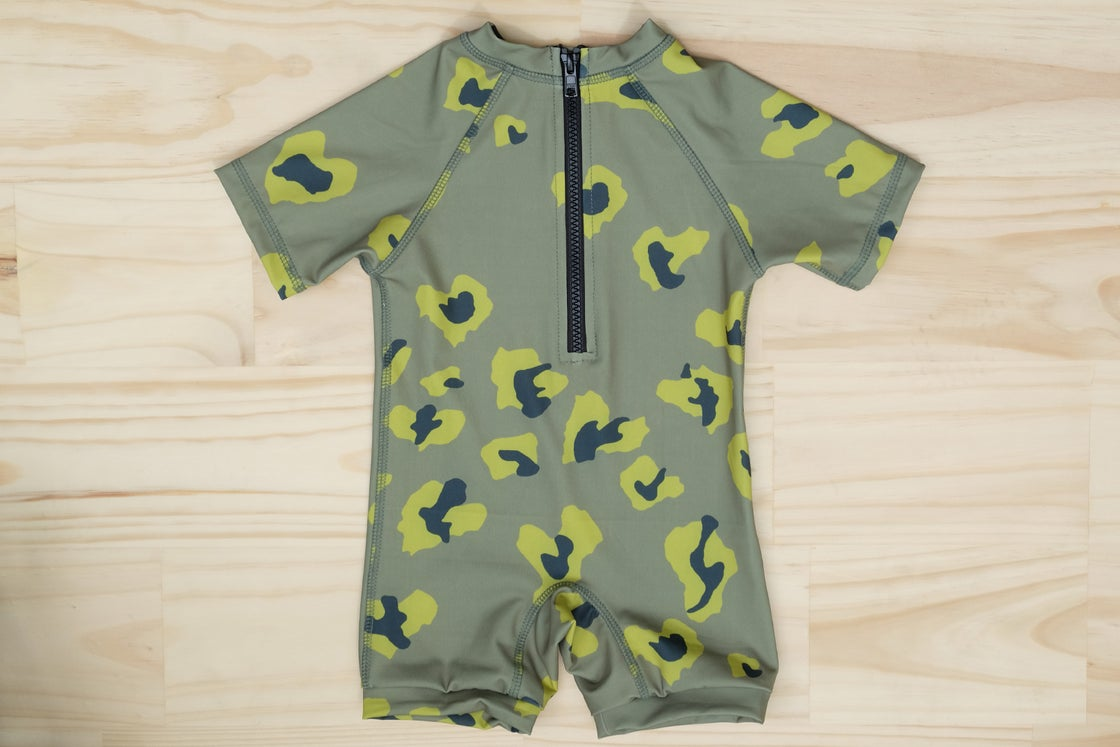 Image of KIDS SWIM - SAILORS SWIMSUIT - CAMO CHEETING HEARTS