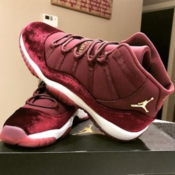 Image of Jordan 11 Retro - Maroon