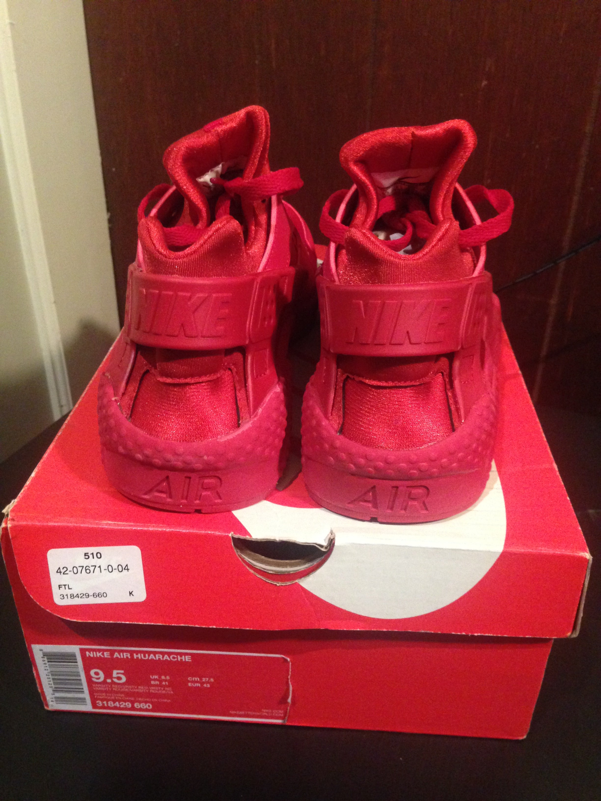 newest 14712 71e94 ... reduced image of nike air huarache triple red 8267e d20f0
