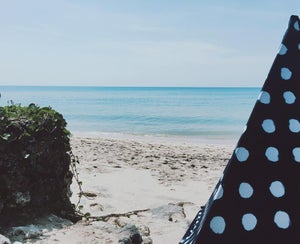 Image of DOTS BEACHTIPI (SMALL) LIMITED EDITION