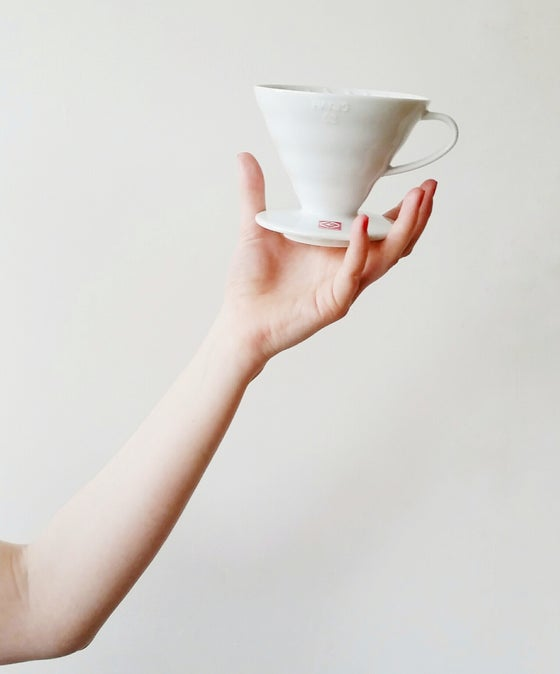 Image of HARIO V60 CERAMIC 4 CUP BREWER