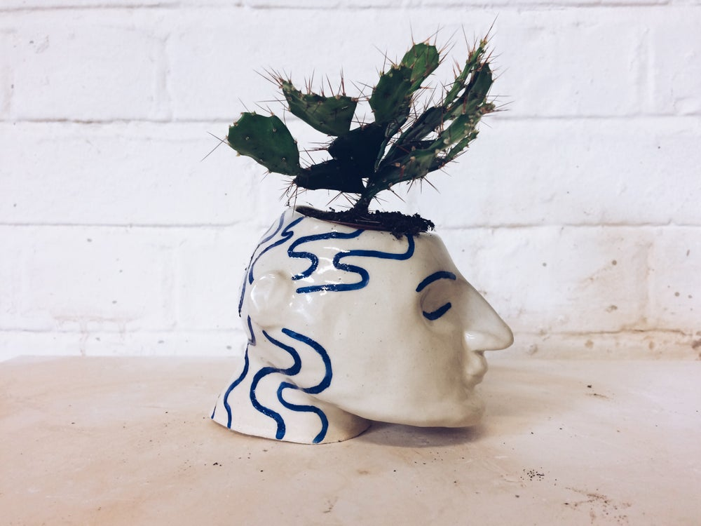 Image of Head planter in cream and blue - preorder