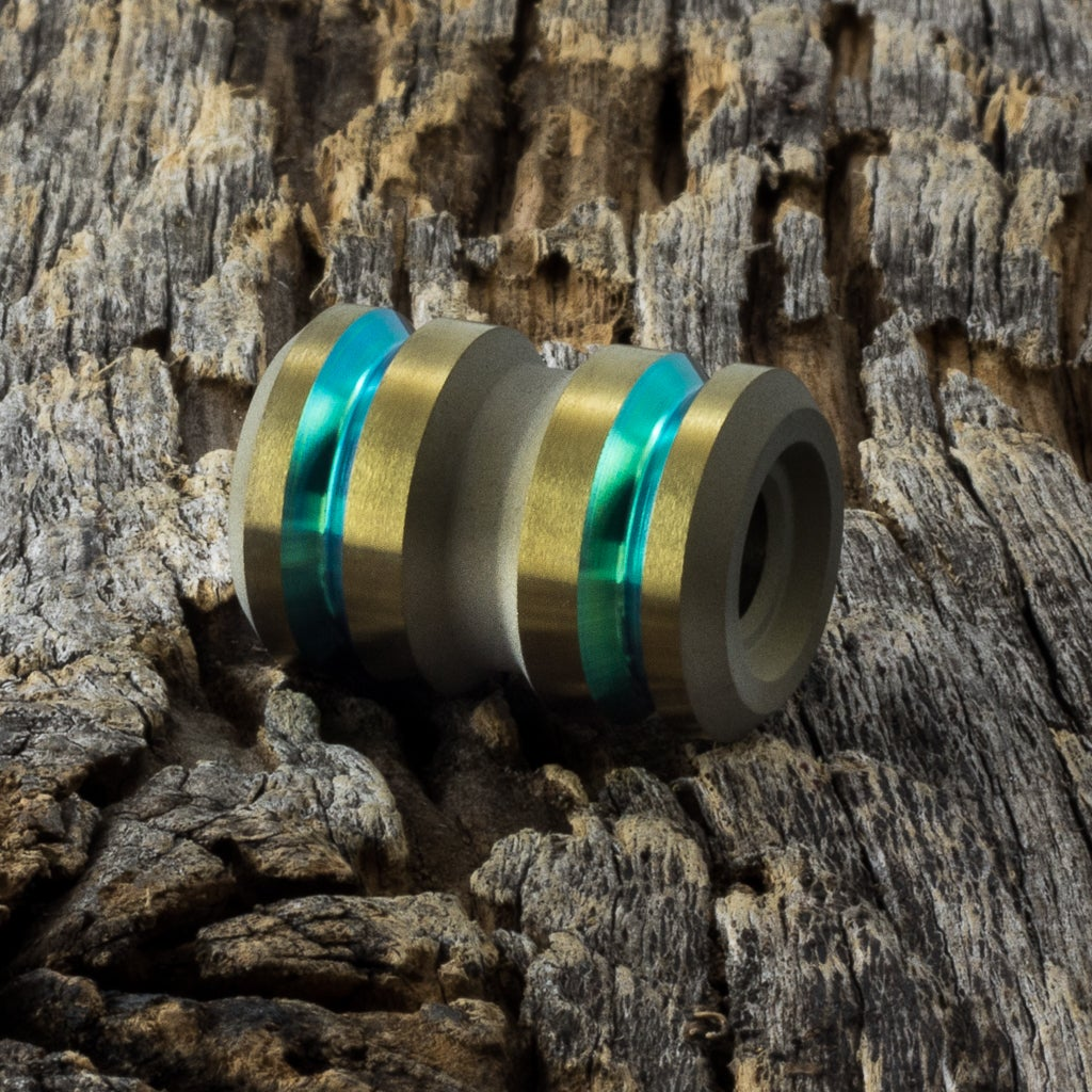 Image of Tank Lime Green & Light Bronze Ti Bead #2