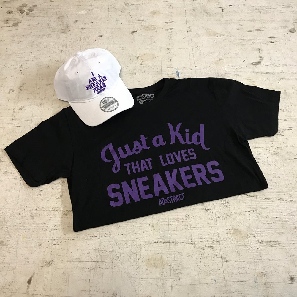 """JUST A KID THAT LOVES SNEAKERS """"PURPLE"""" T-SHIRT"""