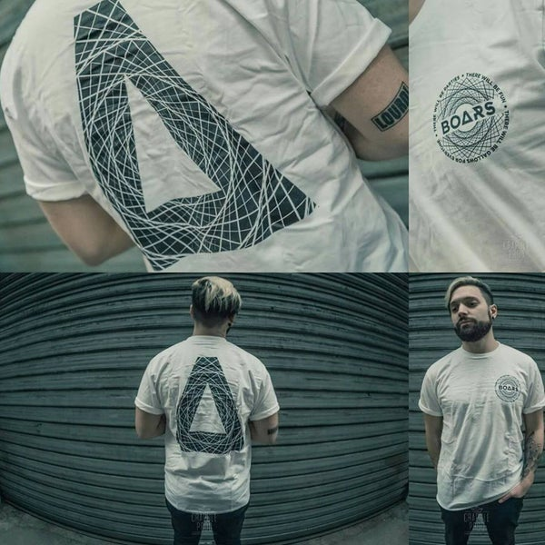 """Image of T - Shirt """"Δ"""""""
