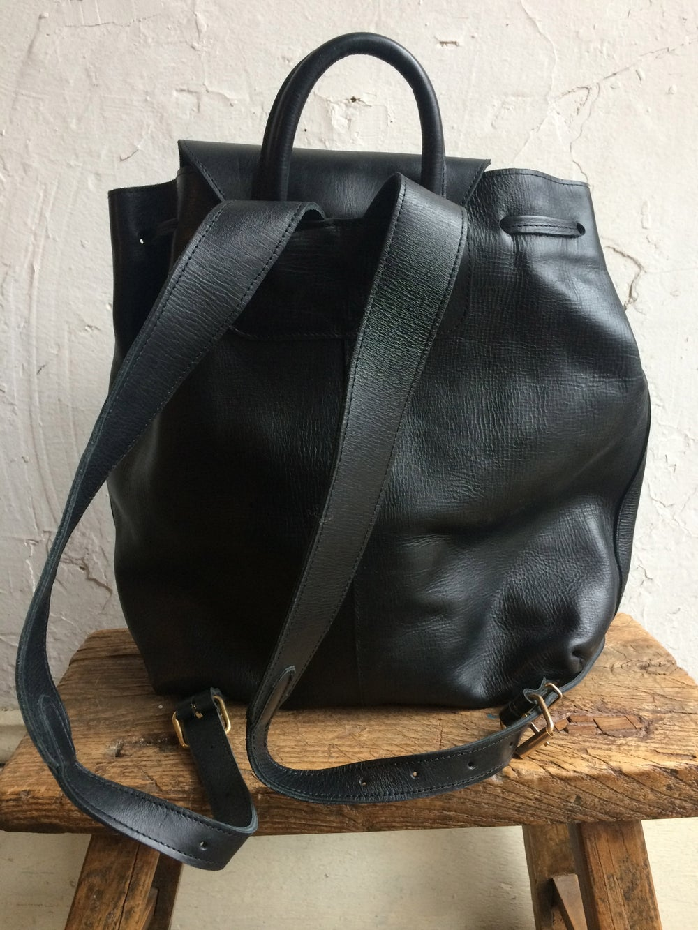 Image of Moyi Moyi Black Leather Backpack