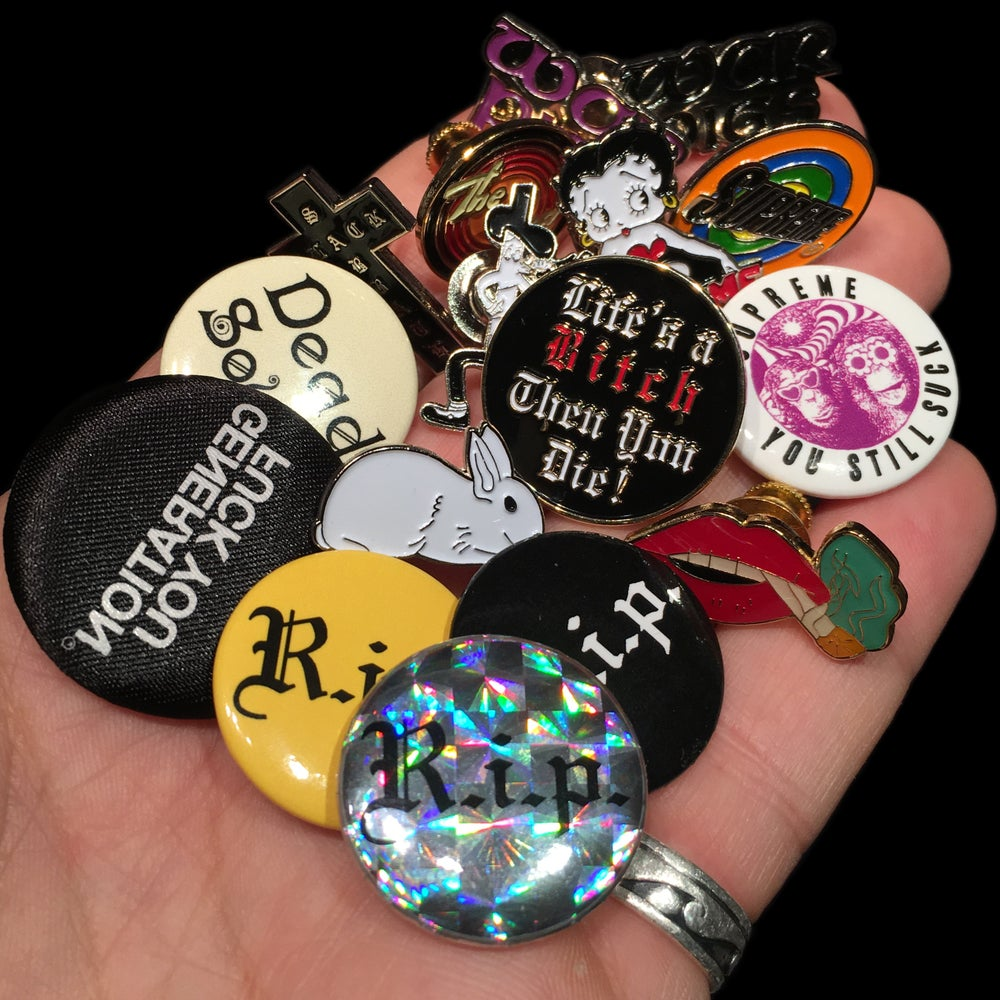 Image of 2016 Pins & Buttons