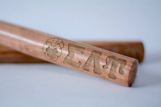 Image of Signature Engraved Claves