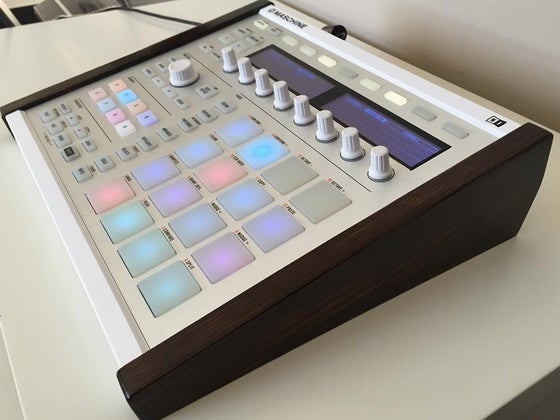 Image of Maschine MK2 Side Panels (Stand)