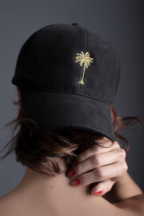 Image of HAT / BLACK