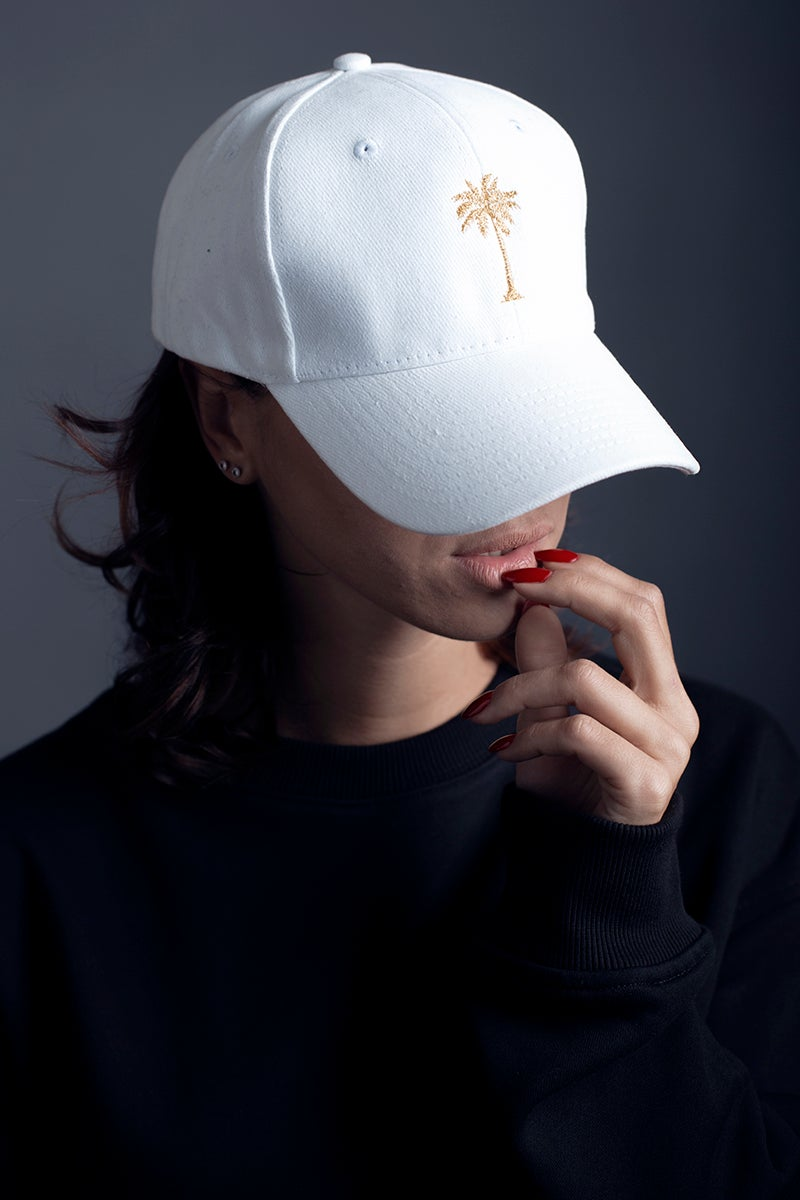 Image of HAT / WHITE