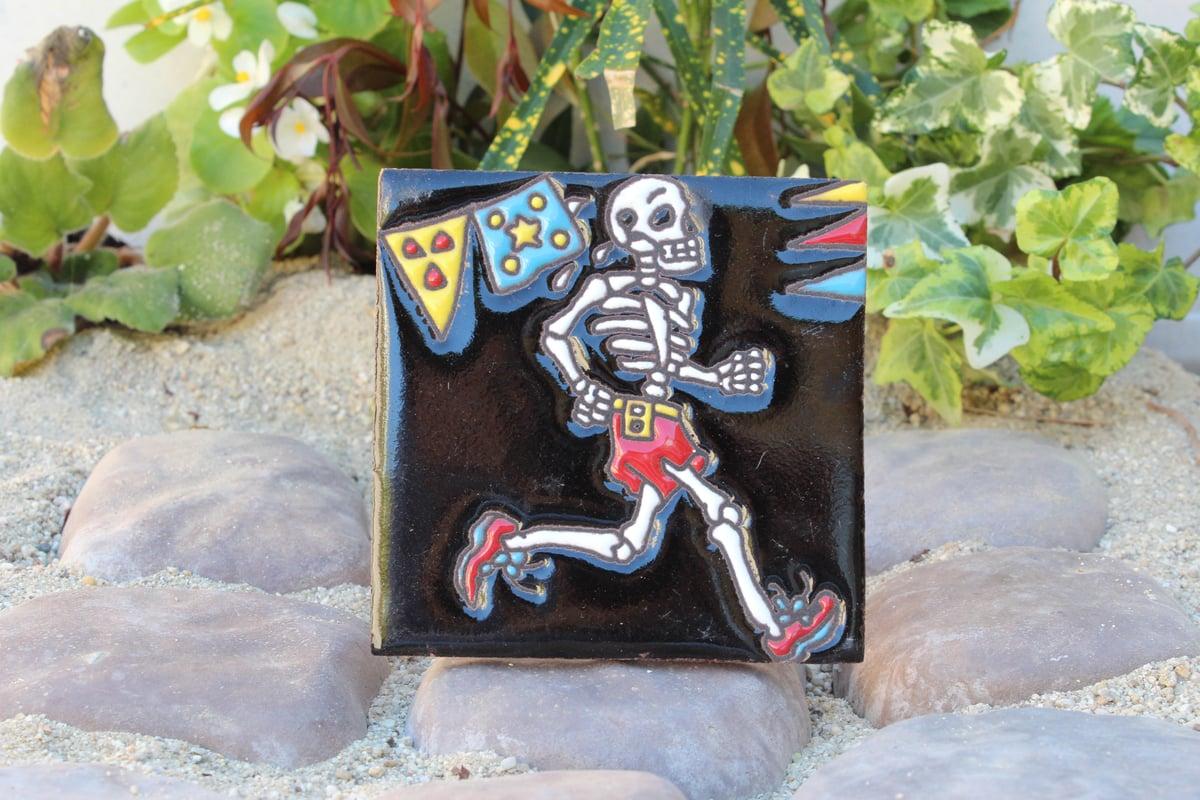 Image of Skeleton Runner Coaster Tile