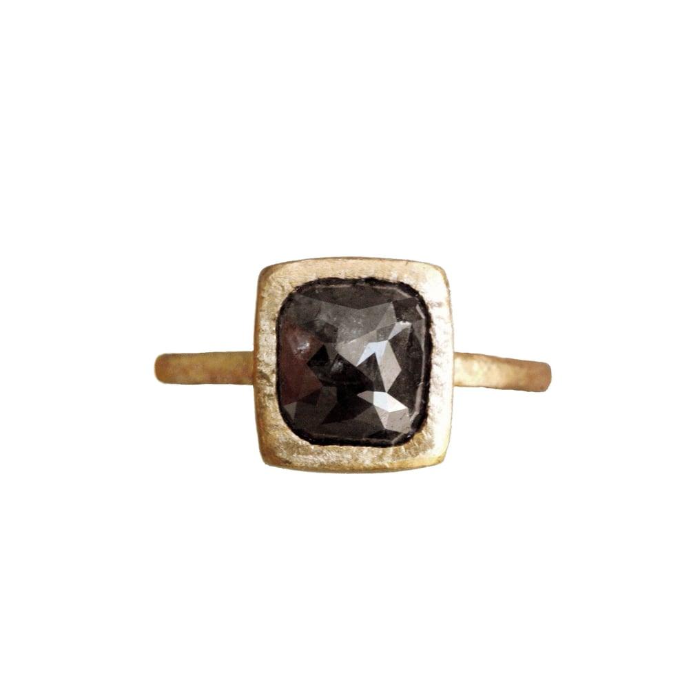 Image of Dark grey diamond cocktail ring. 18k. Frida