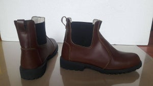Image of Shore Orca Brown Short Boots