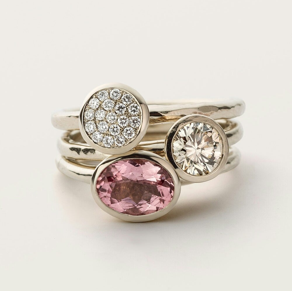 Beeld van Stacking rings diamonds and tourmaline