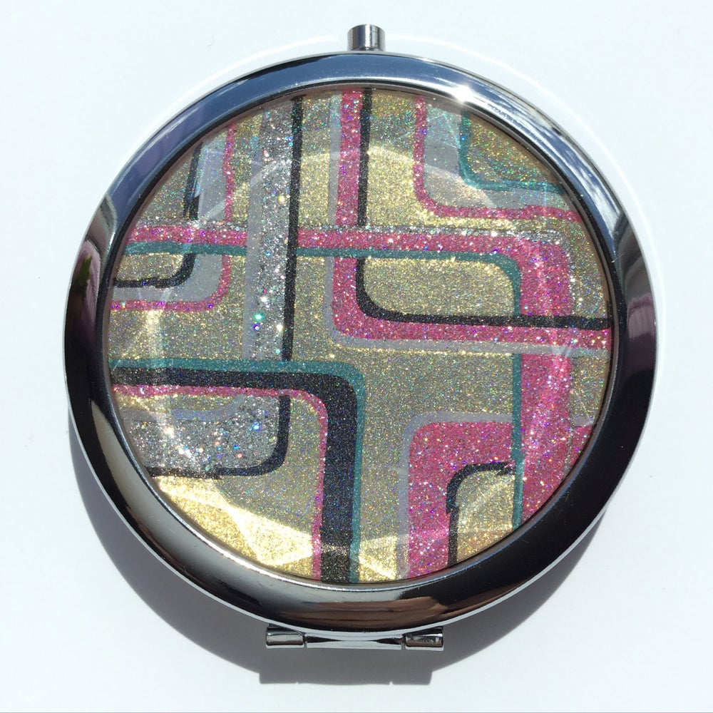 Image of Elizabeth - Compact mirror, painted with indie polish.
