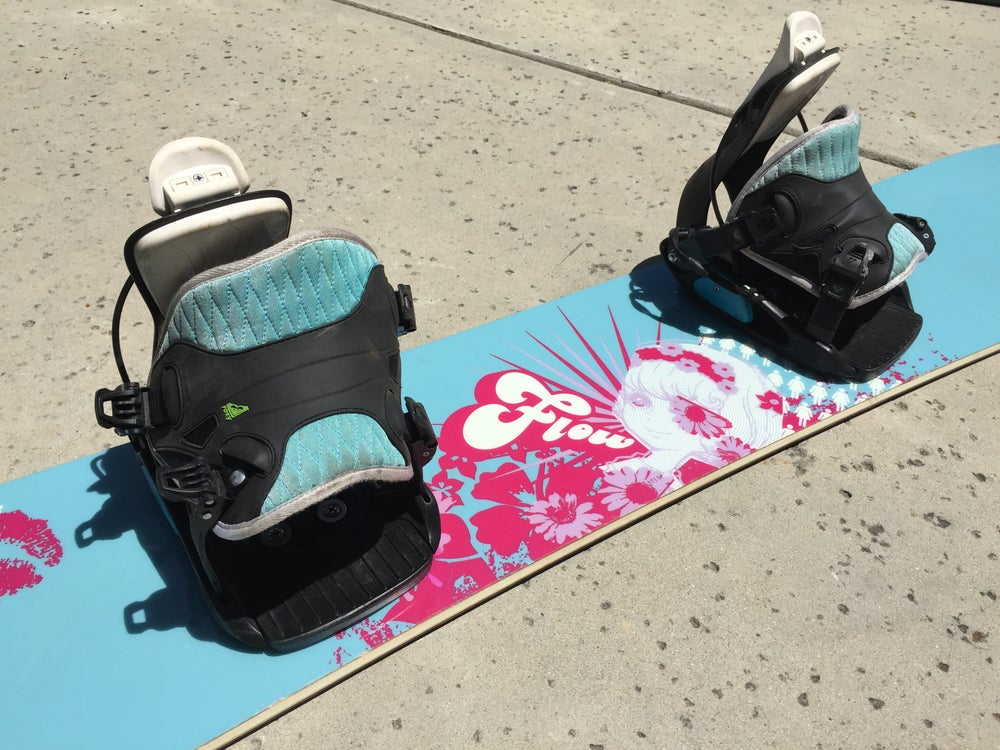 Image of Flow 151cm Women's Snowboard with Flow med bindings