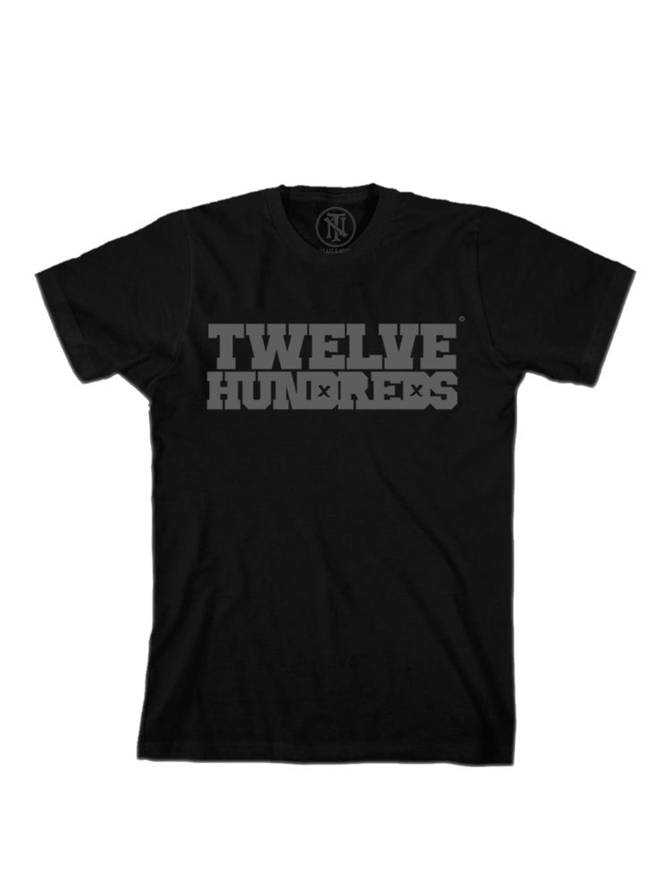 Image of Twelves Hundreds : Black