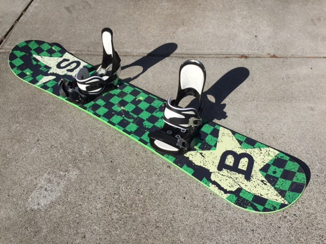 Image of Snow Bunny 150cm Snowboard with Ride med/lrg bindings