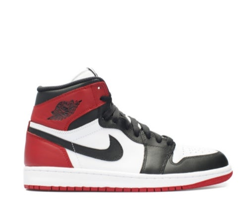 "Image of NIKE AIR JORDAN RETRO 1 ""BLACK TOE"" 555088-125"