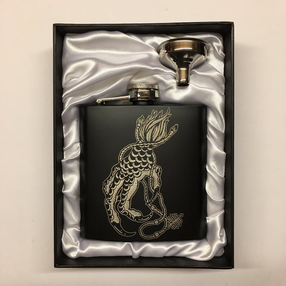 CLAW HIP FLASK