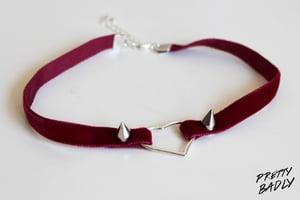 Image of Velvet Heart Choker - burgundy / Choker Cœur Velours - bordeaux