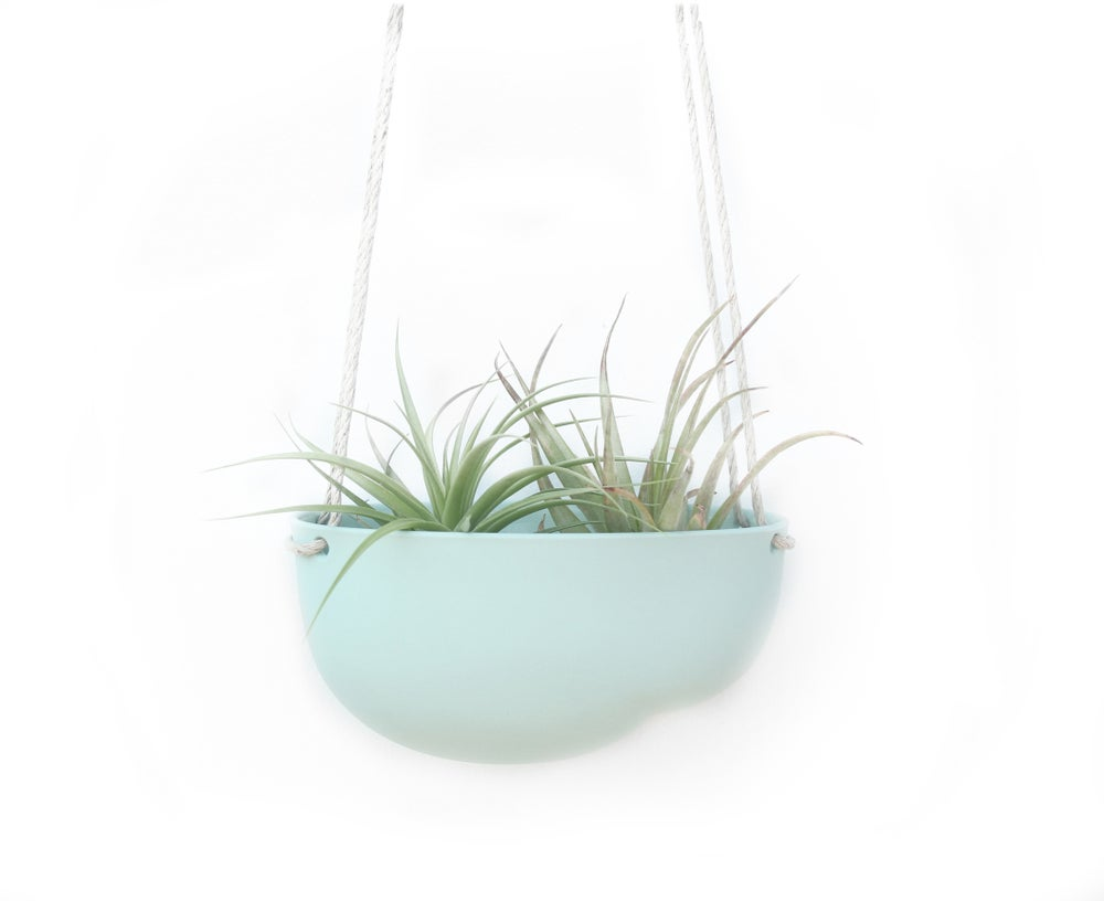 Image of nube hanging planter