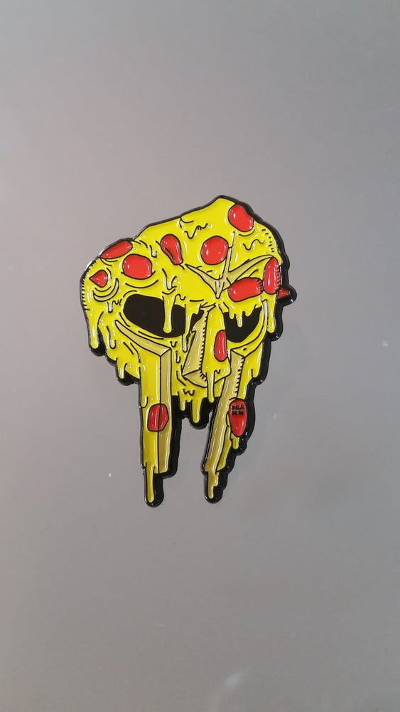 Image of MF slice PIN - DELADESO X PIZZABOYZZZ