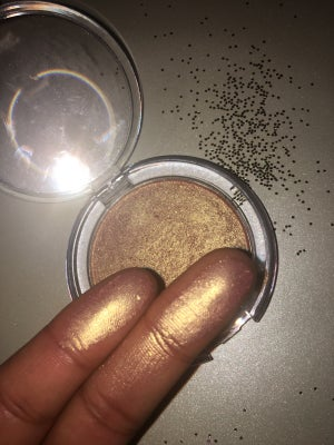 Image of Peaches n Gleam Highlighter