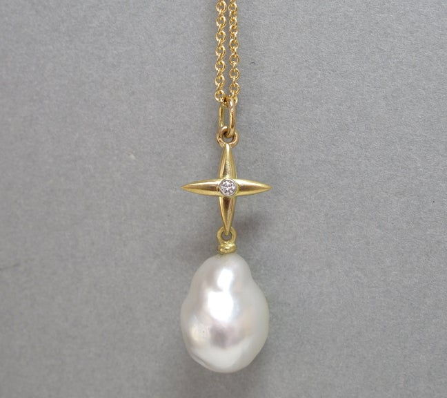 Image of Northern Cross Pearl Diamond Pendant 18k