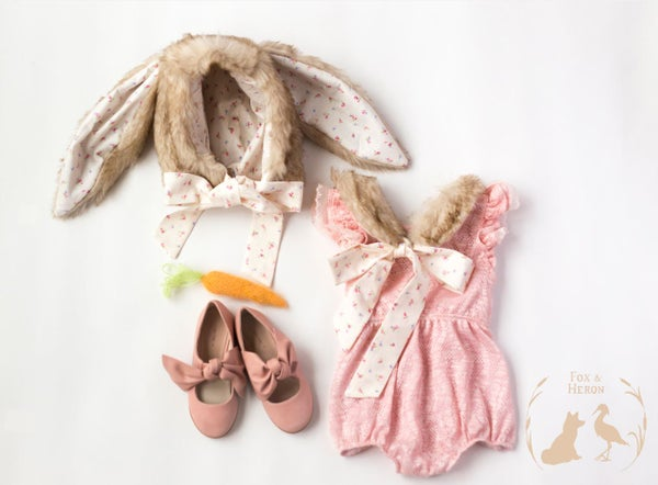 Image of 3-piece set - hat, capelet and onesie