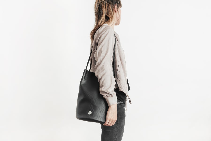 Image of AZ Bucket Bag LUA