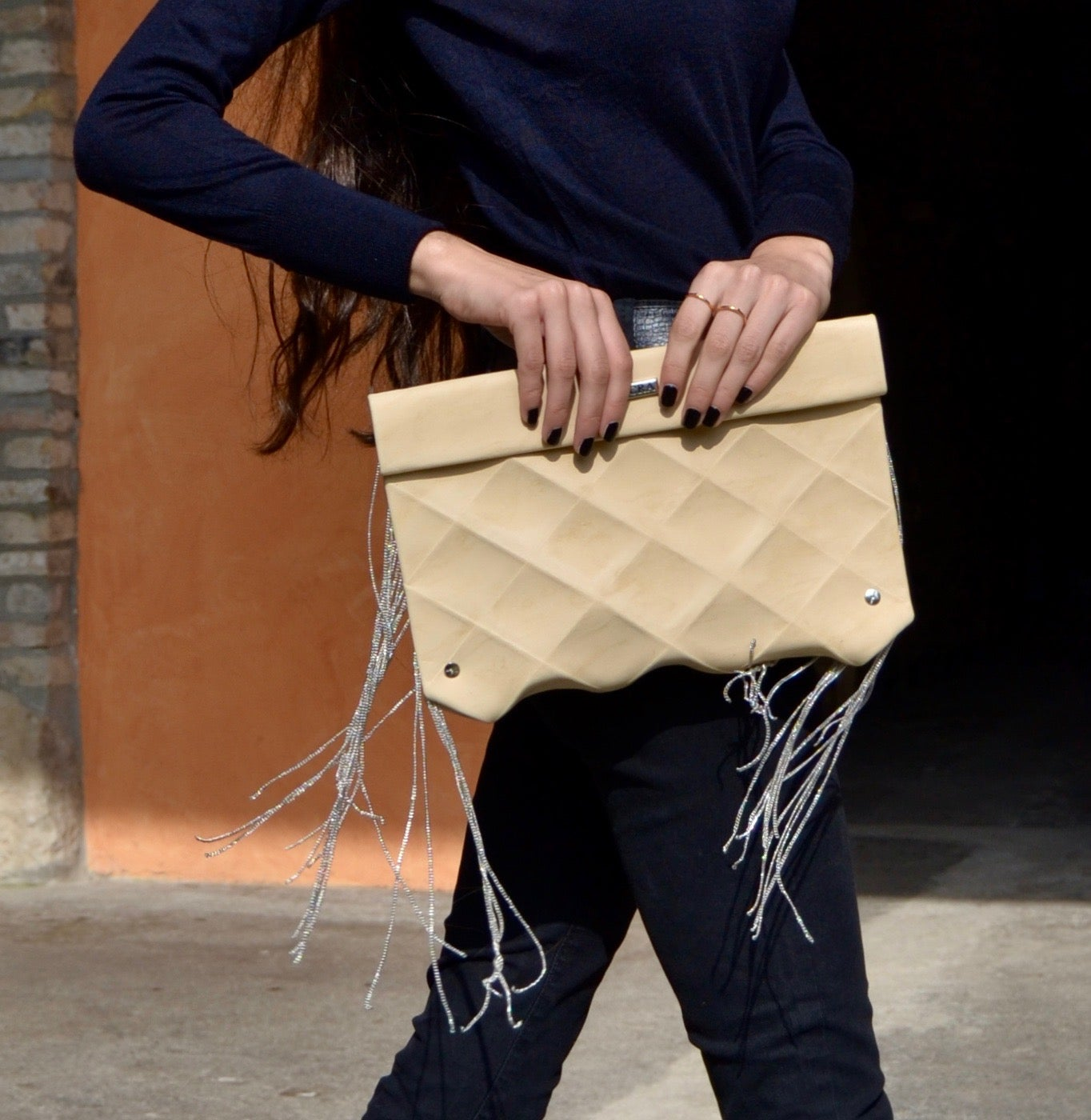Image of CLUTCH WITH FRINGES IN ECO LEATHER - SIZE M