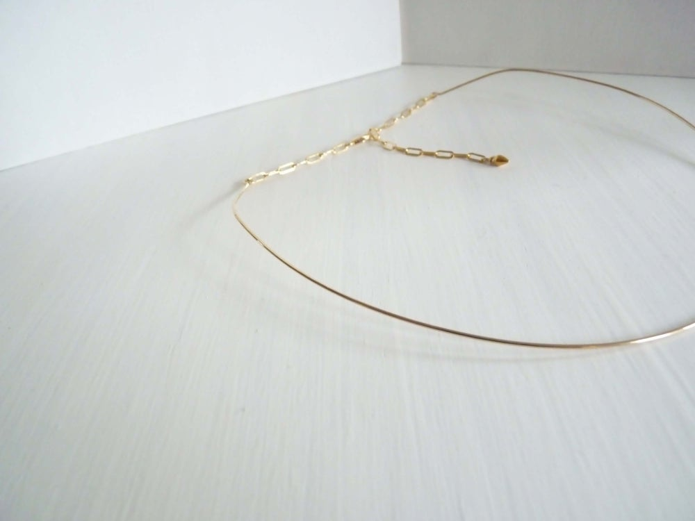 Image of Minimalist neck cuff