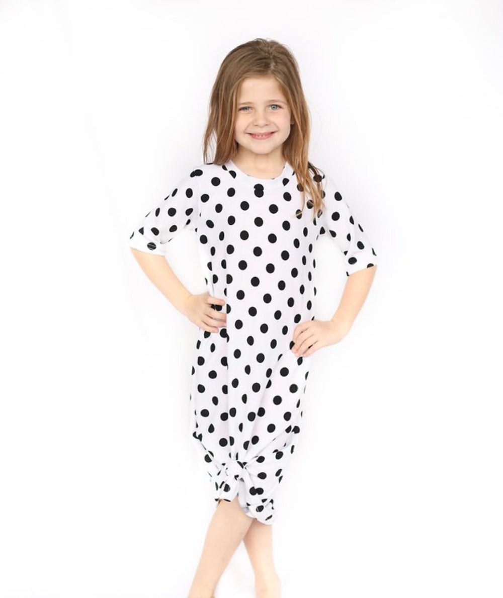 Image of Baby/Girls White With Black Dots Knot Knit Dresses
