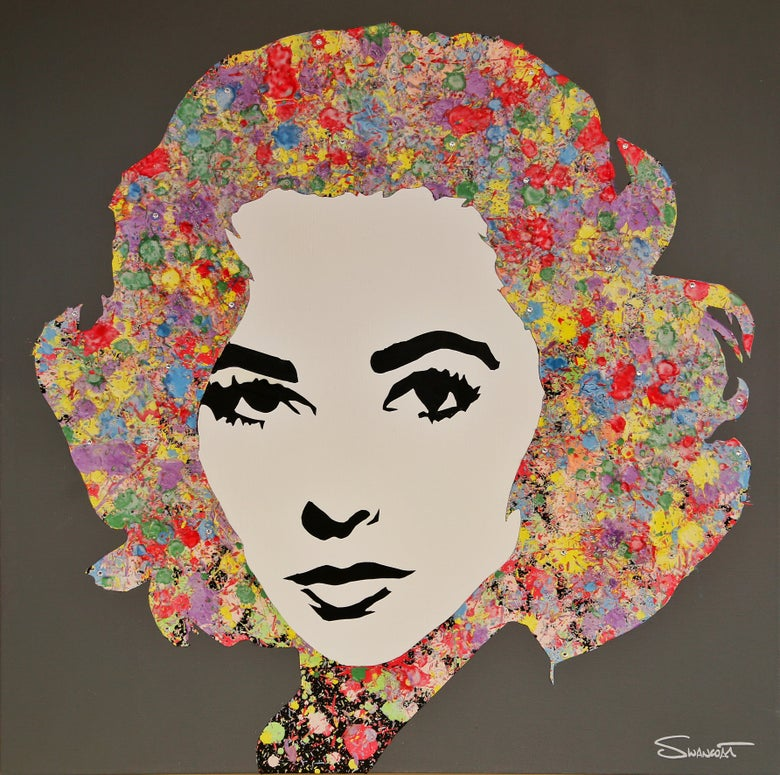 Image of The Shimmering Elizabeth Taylor