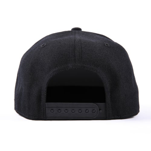 "Image of SpeedQB ""Underscore"" 6 Panel Snapback (Black)"