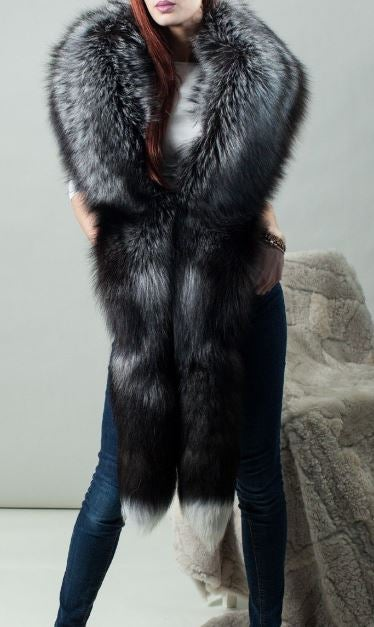 Image of Mika Fox Fur Collar